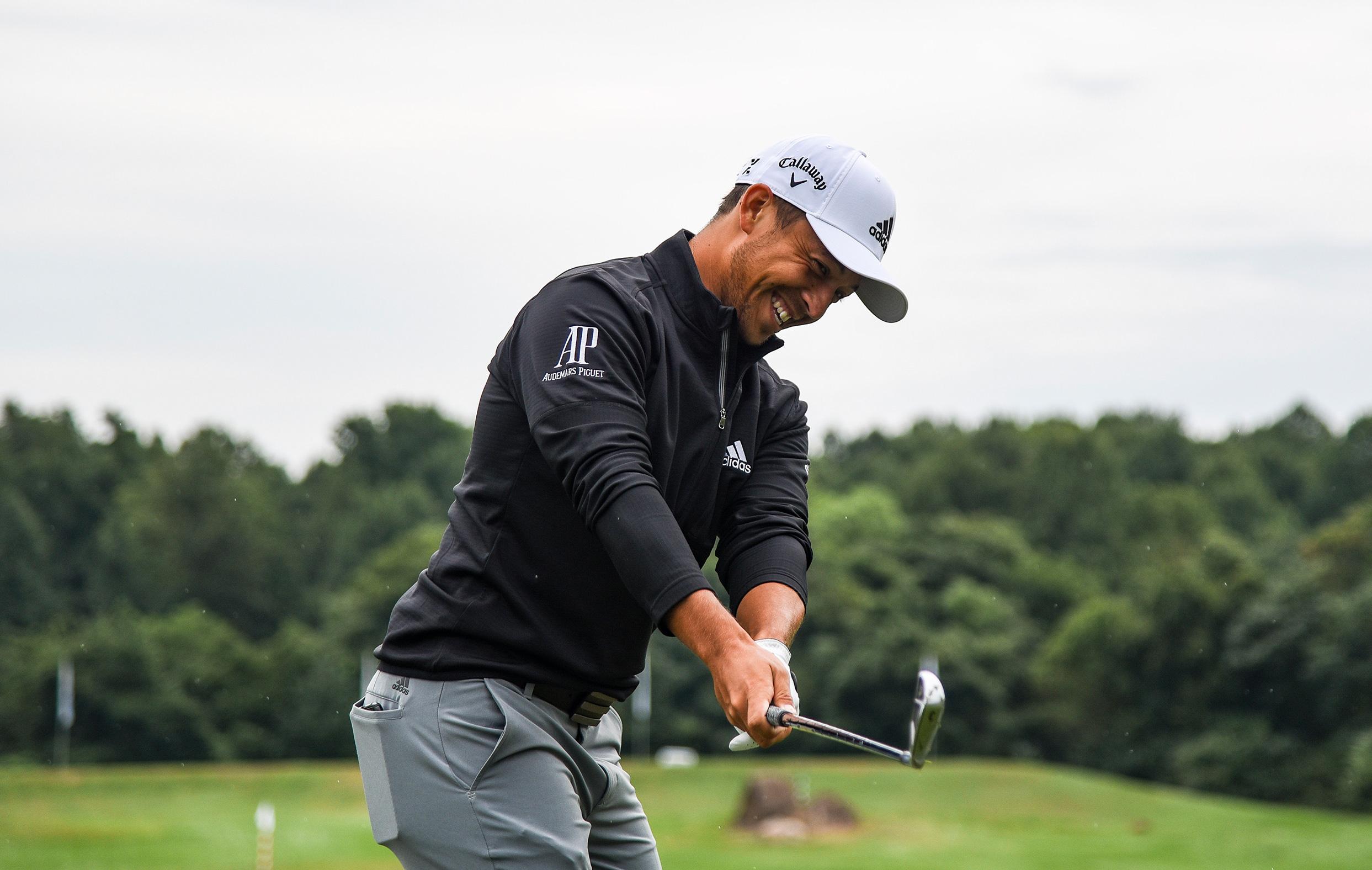 Xander Schauffele Playing Golf