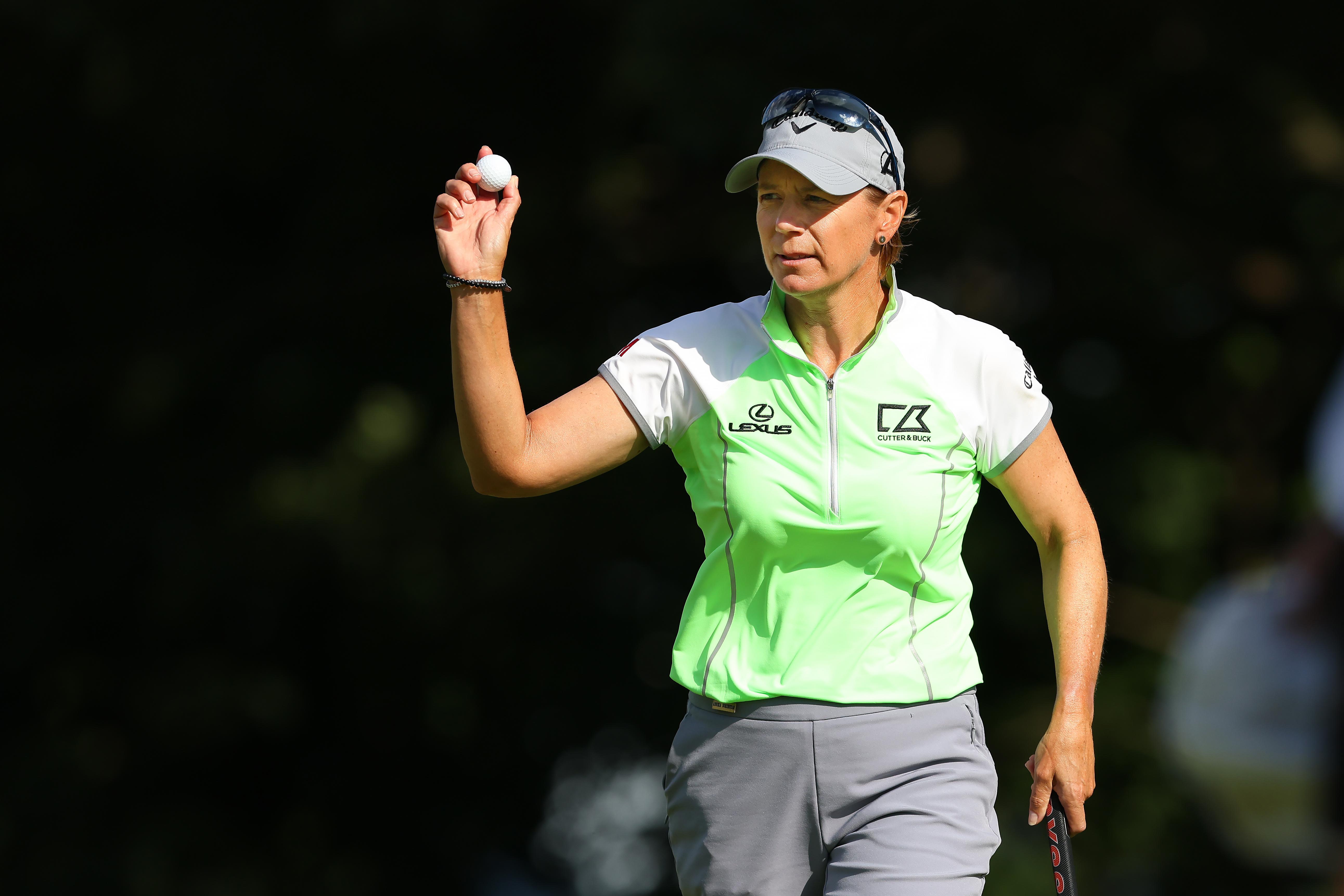 Annika Sorenstam Playing Golf